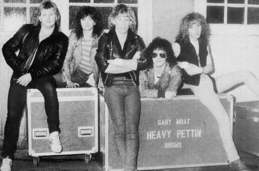 Heavy Pettin